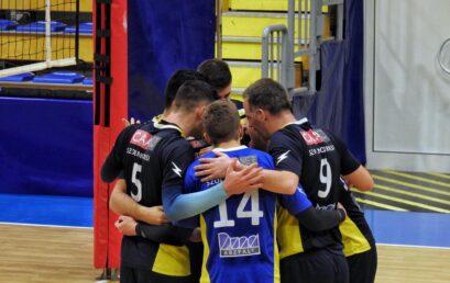 Győzni megy csapatunk Dunaújvárosba!